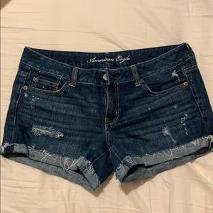 Great used condition midi distressed jean shorts